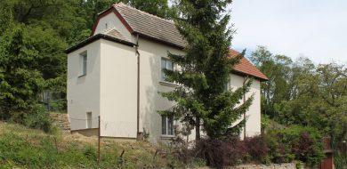 Nástavba rodinného domu v Praze—Kyjích, stávající stav